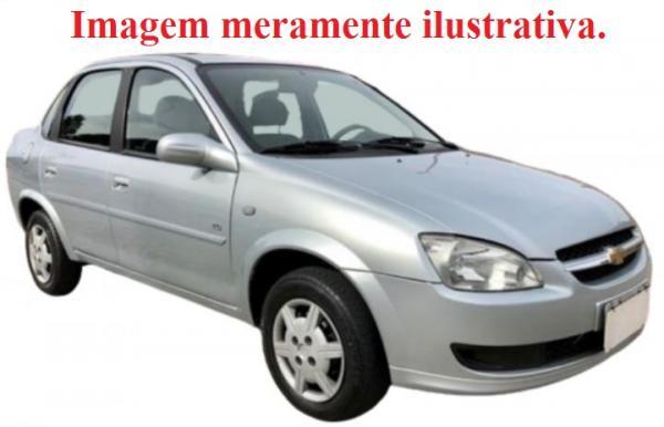UM VEÍCULO GM CLASSIC LS 2010/2011