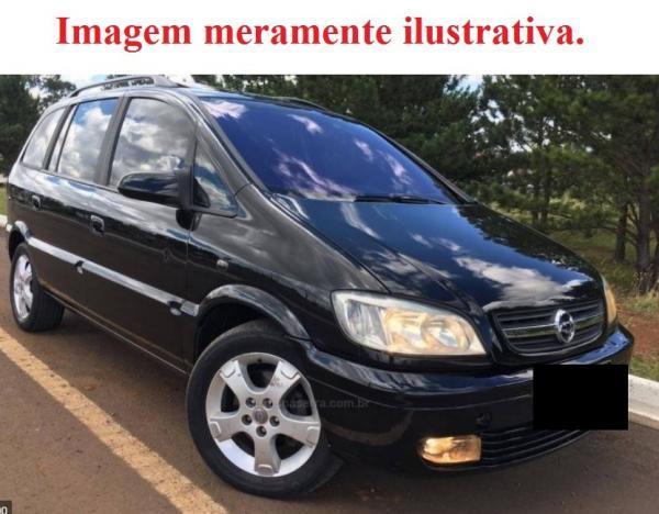 VEÍCULO GM ZAFIRA CD 2001/2002